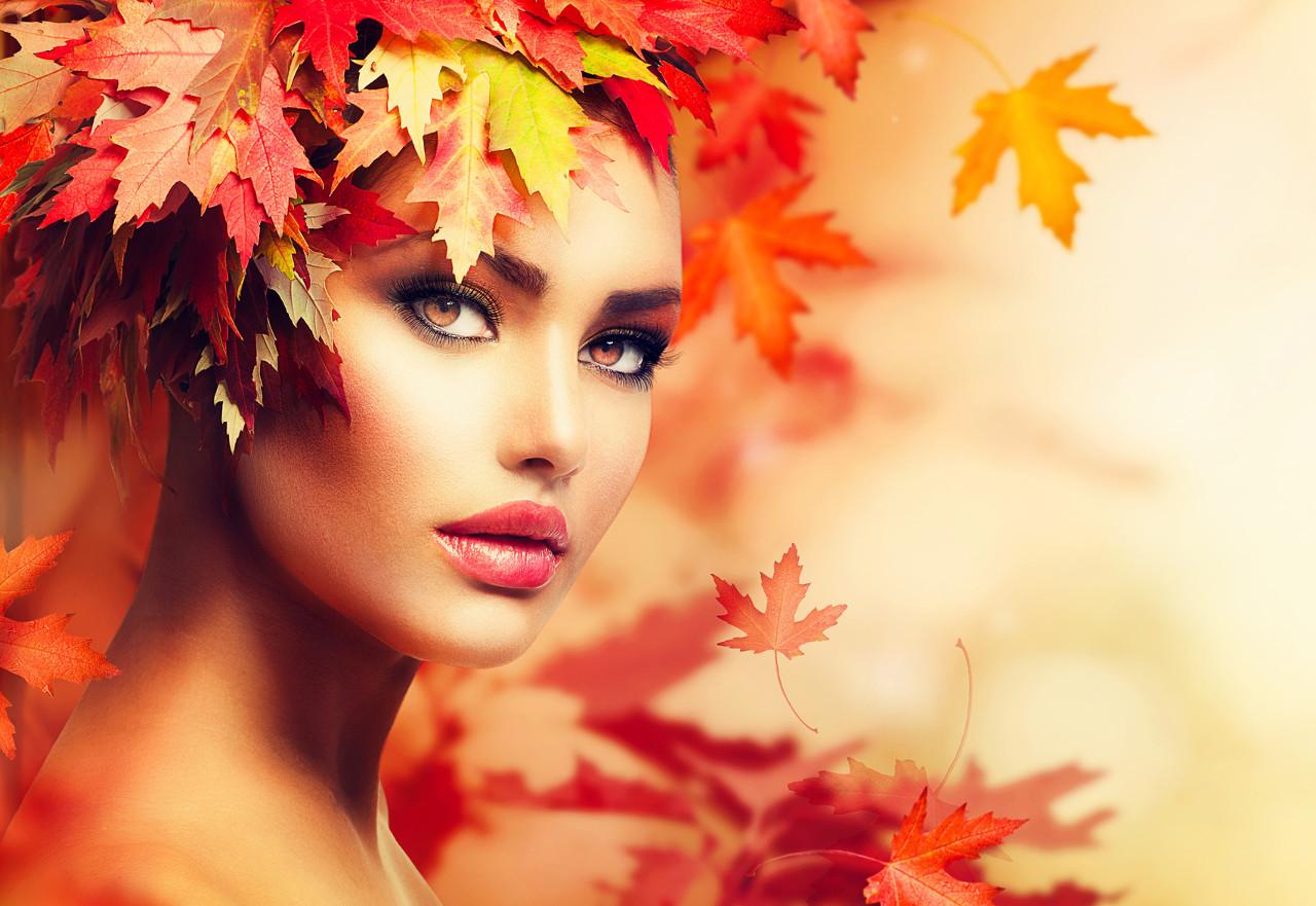 Autumn Woman Portrait. Beauty Fashion Model Girl